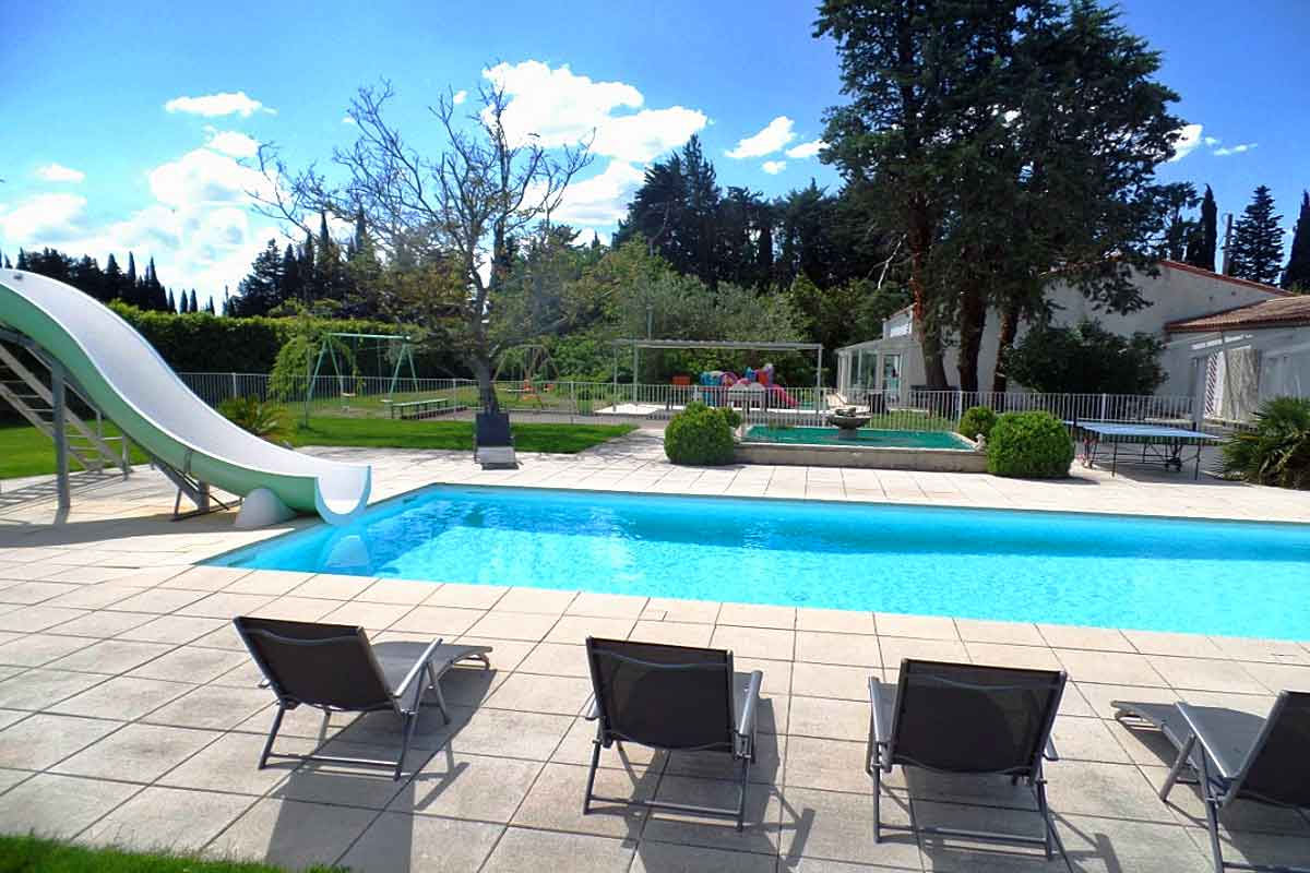 Villa-Rental-Nimes-sleeps-10