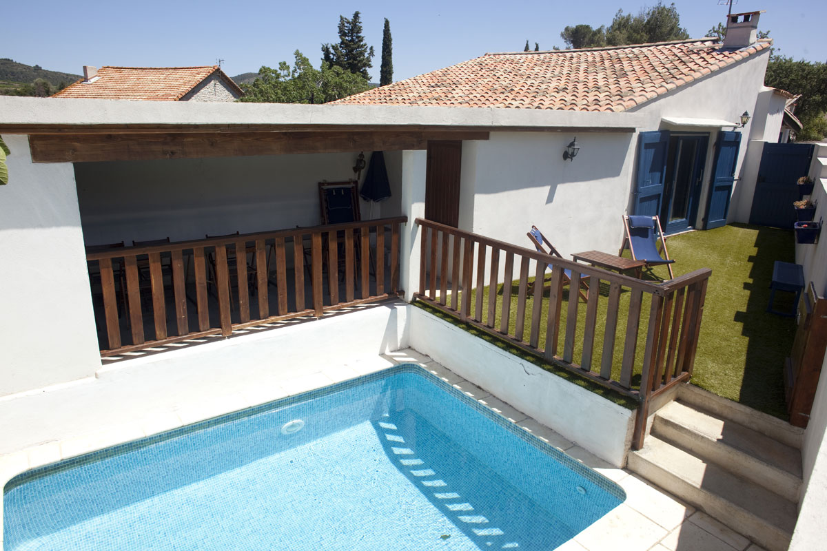 Large family rental near Beziers 12 pool