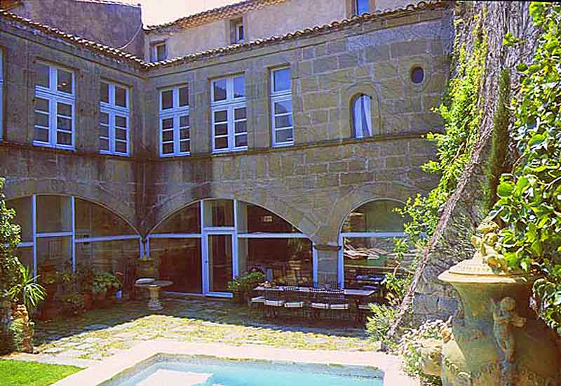 Holiday South France Rental Villa sleeps 12