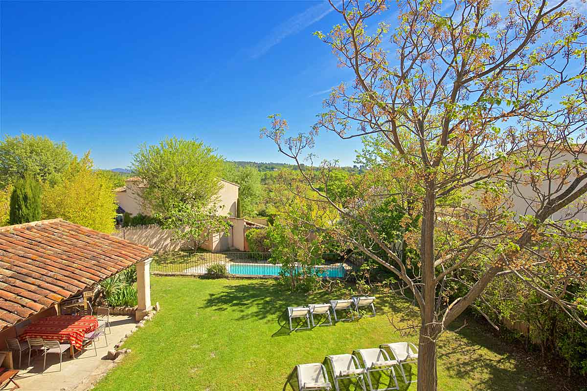 Holiday-Home-in-Provence-with-Pool