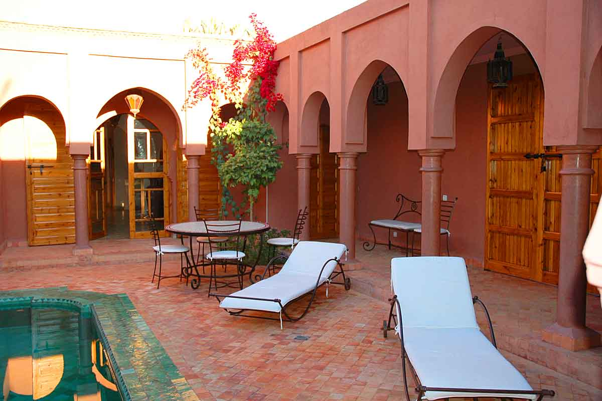 Villa-Rent-in-Marrakesh-with-pool