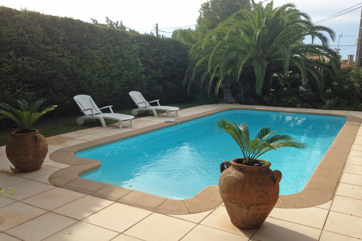 South of France Villa Rental Family 8 pool