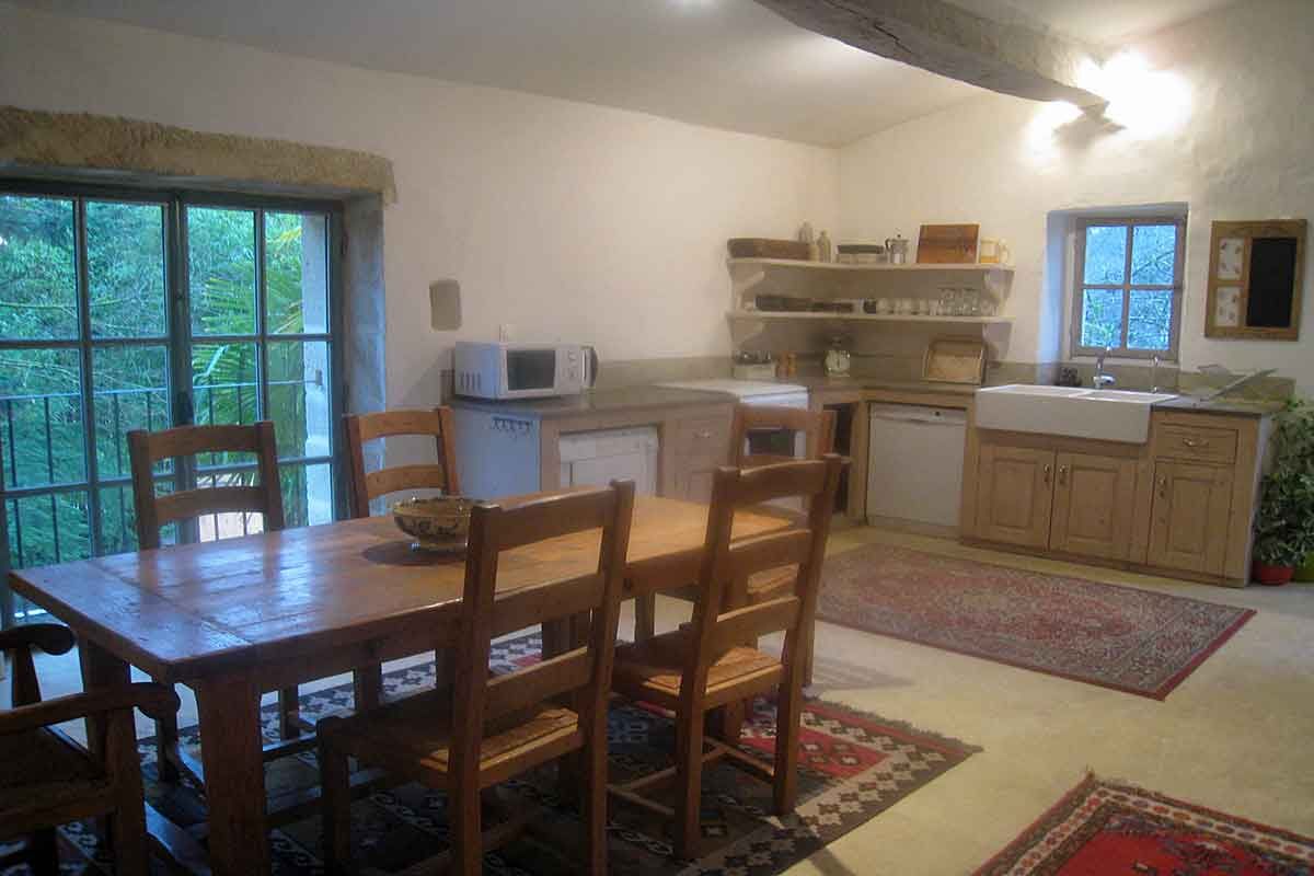 Villa Rental in Nimes for 20 people