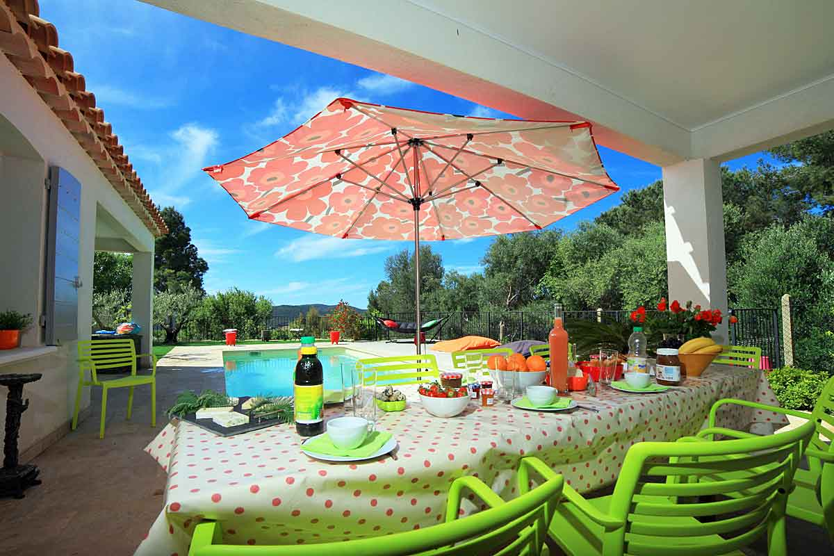 Bormes-Les-Mimosa Holiday Villa with pool
