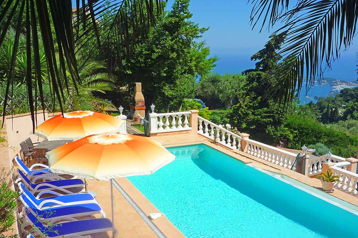 Luxury-Vacation-Villa-in-Villefranche