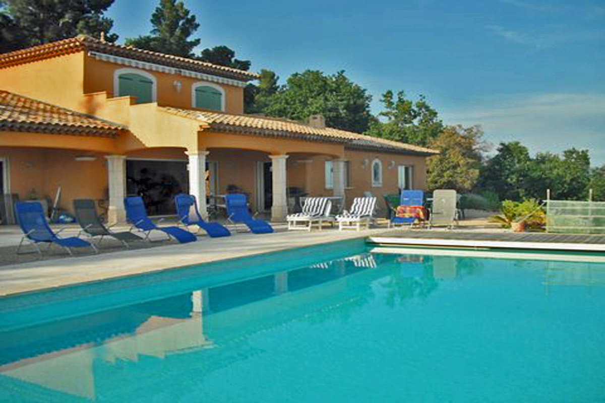 Photo Gallery Cote D 39 Azur Large Villa To Rent With Heated Pool Near Seillans