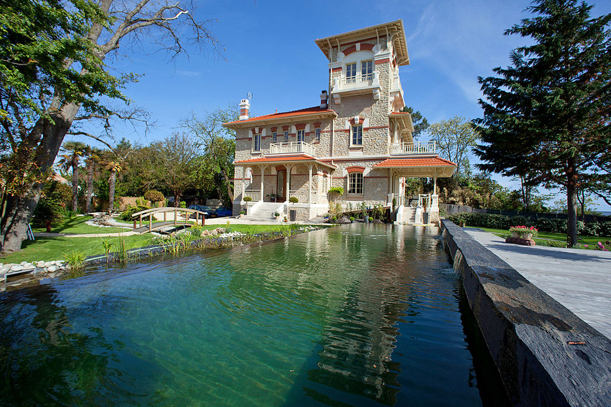 Villa To Rent In South Of France With Private Pool
