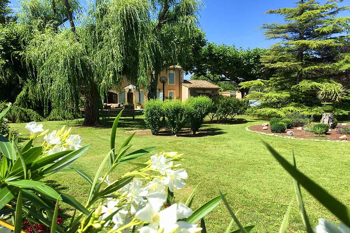 Provence-Villa-Rental-for-8