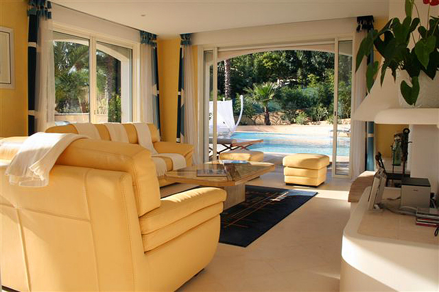Exclusive Rental Cannes