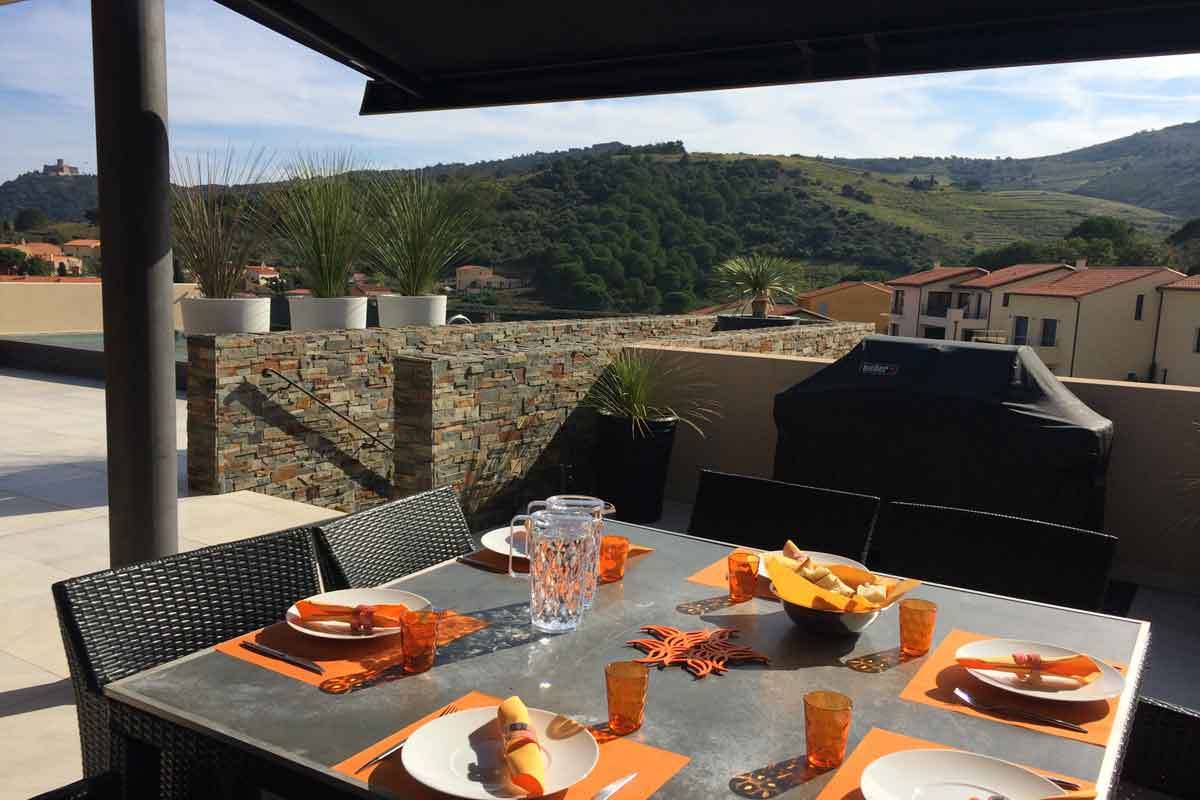 Alfresco Dining On The Terrace Holiday Villa Rental Collioure 8