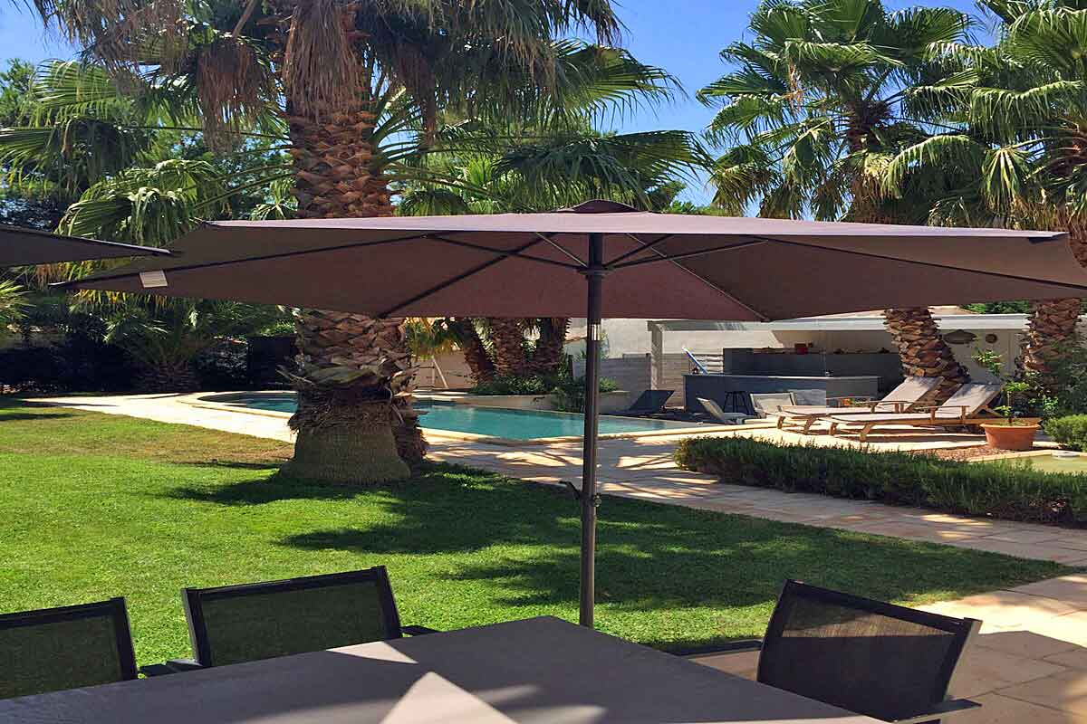 Holiday Villa near Pezenas with pool