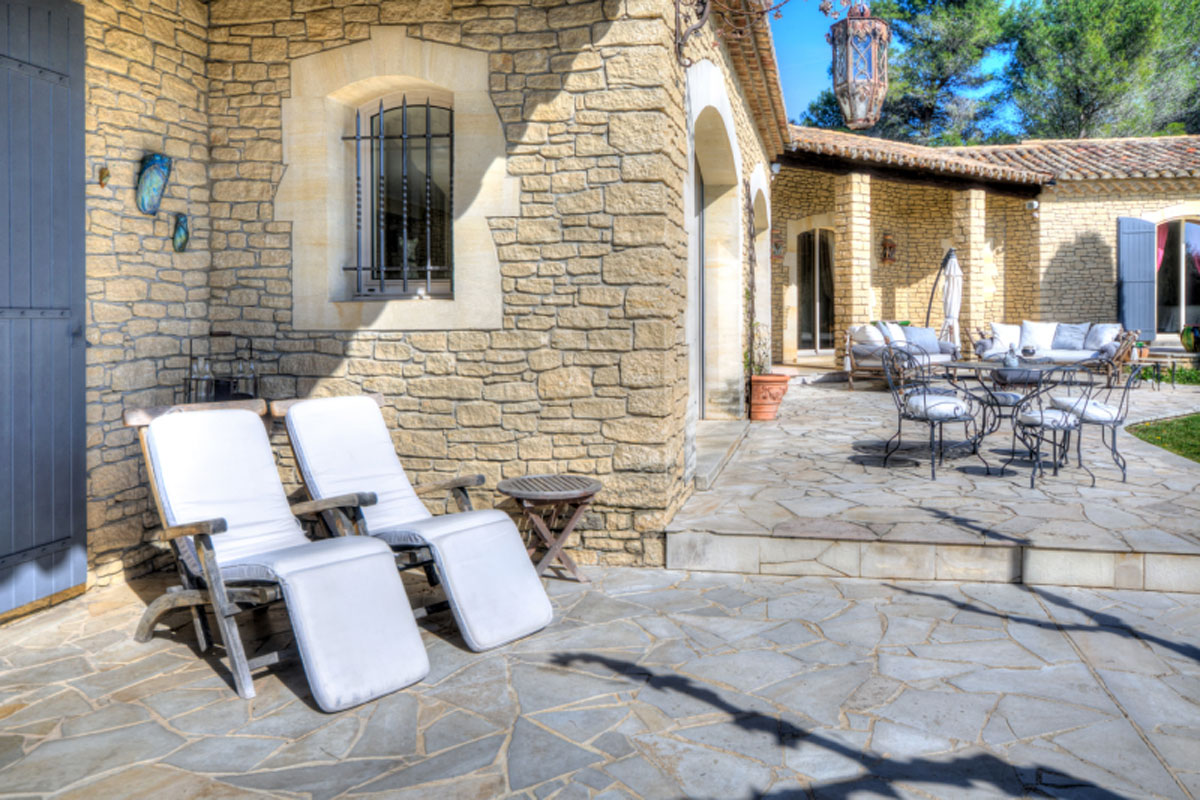 Family Villa to Rent in Provence