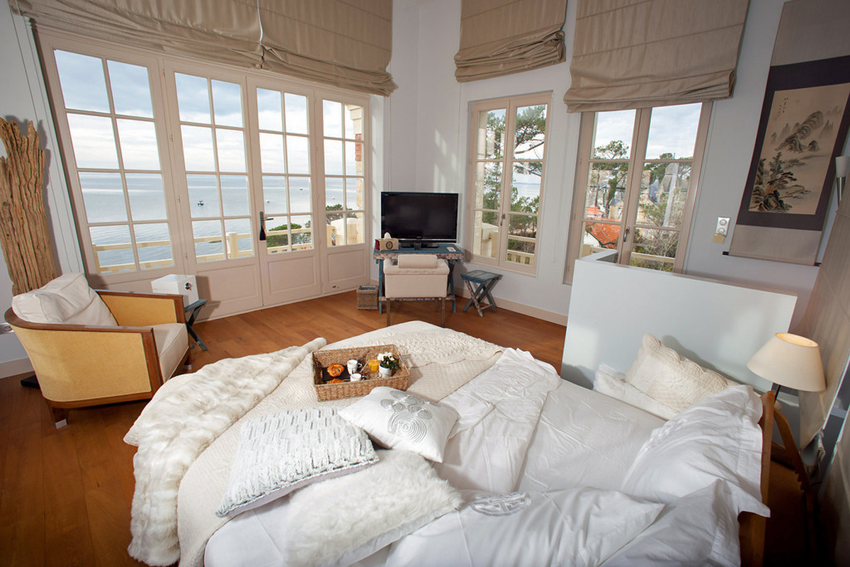 Luxury beachfront Villa Arcachon