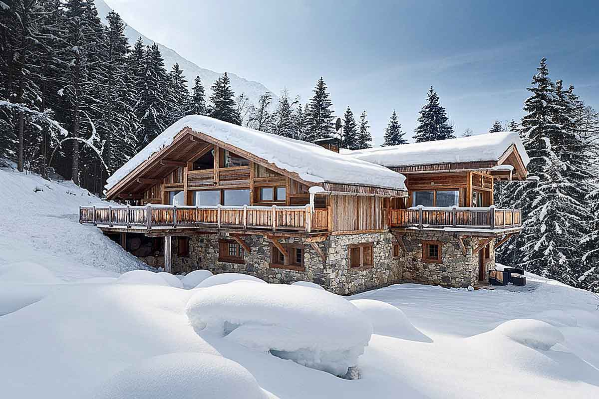 french alps luxury holiday ski chalet with pool to rent. Black Bedroom Furniture Sets. Home Design Ideas