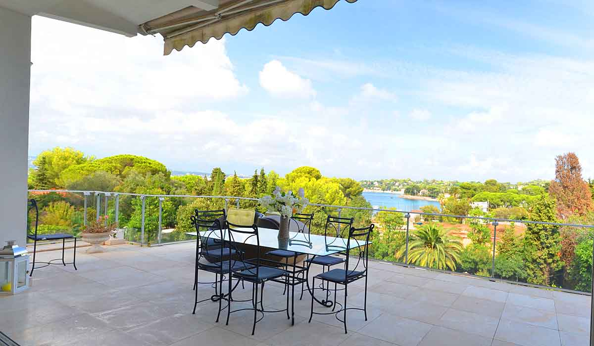 Luxury Holiday Villa for 10 with Pool to Rent, Cap d\'Antibes