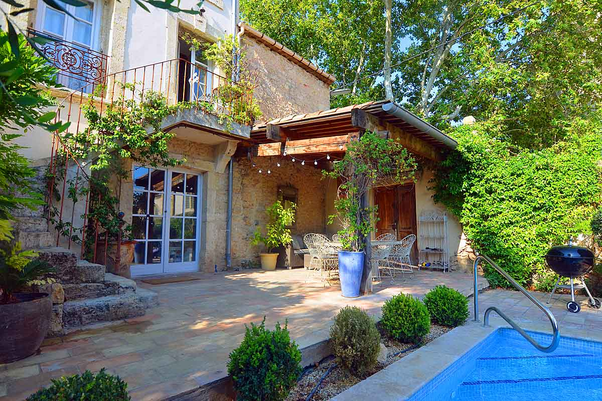 Languedoc Holiday Home With Pool To Rent In Aumes Near Pezenas