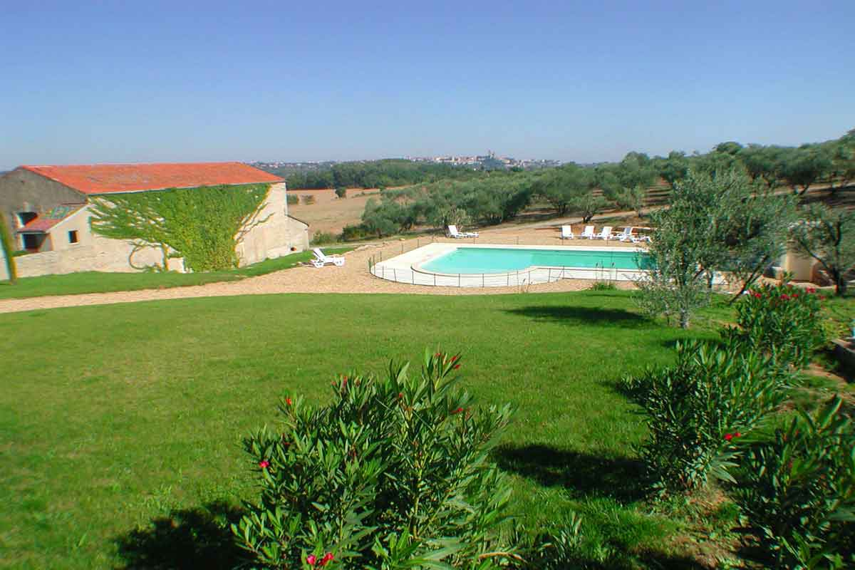 Languedoc holiday villa rental with pool