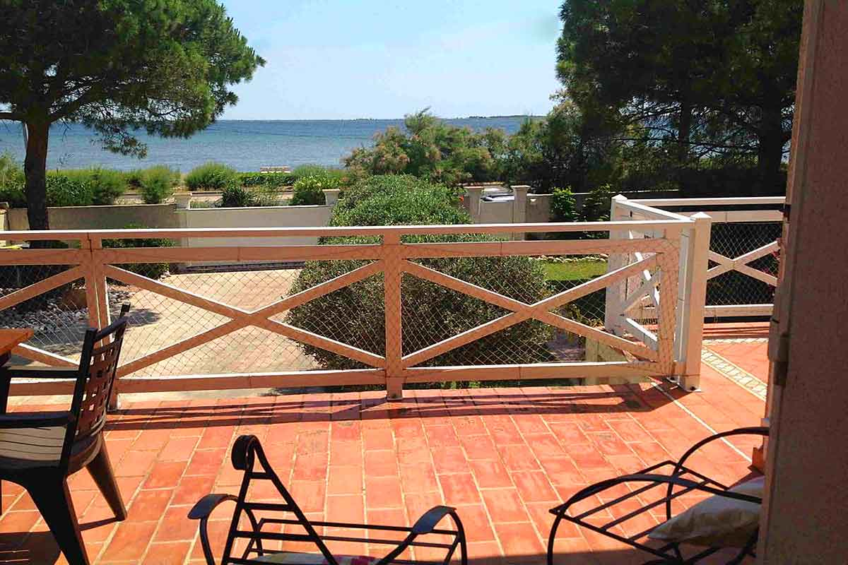 Marseillan-Sea-front-holiday-villa