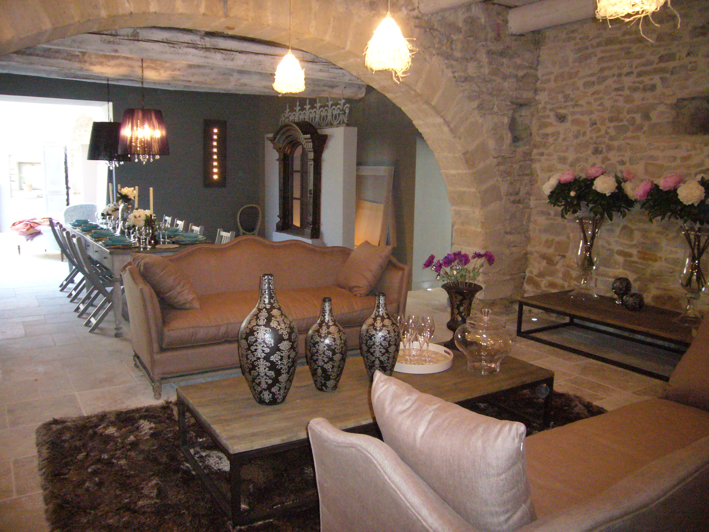 luxury villa Sommieres sleeps 12