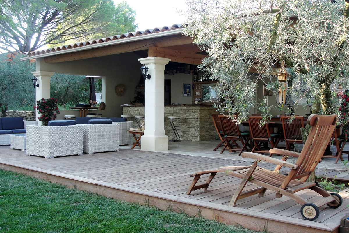 Provence large family villa to rent with pool near isle sur sorgue - Pool house provencal ...