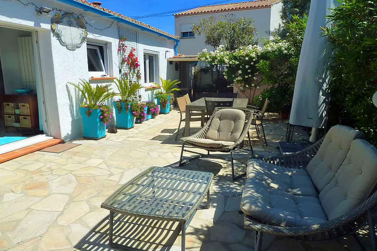 South France Holiday Rental Villa near Sete for 4