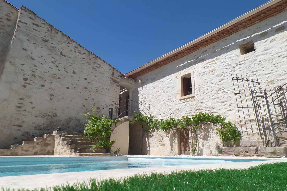 Holiday Villas South of France; Languedoc, Cote d\'Azur, Provence