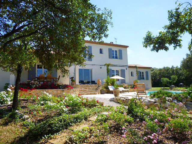 Languedoc Holiday Villa With Pool To Rent Near Montpellier To Sleep 8