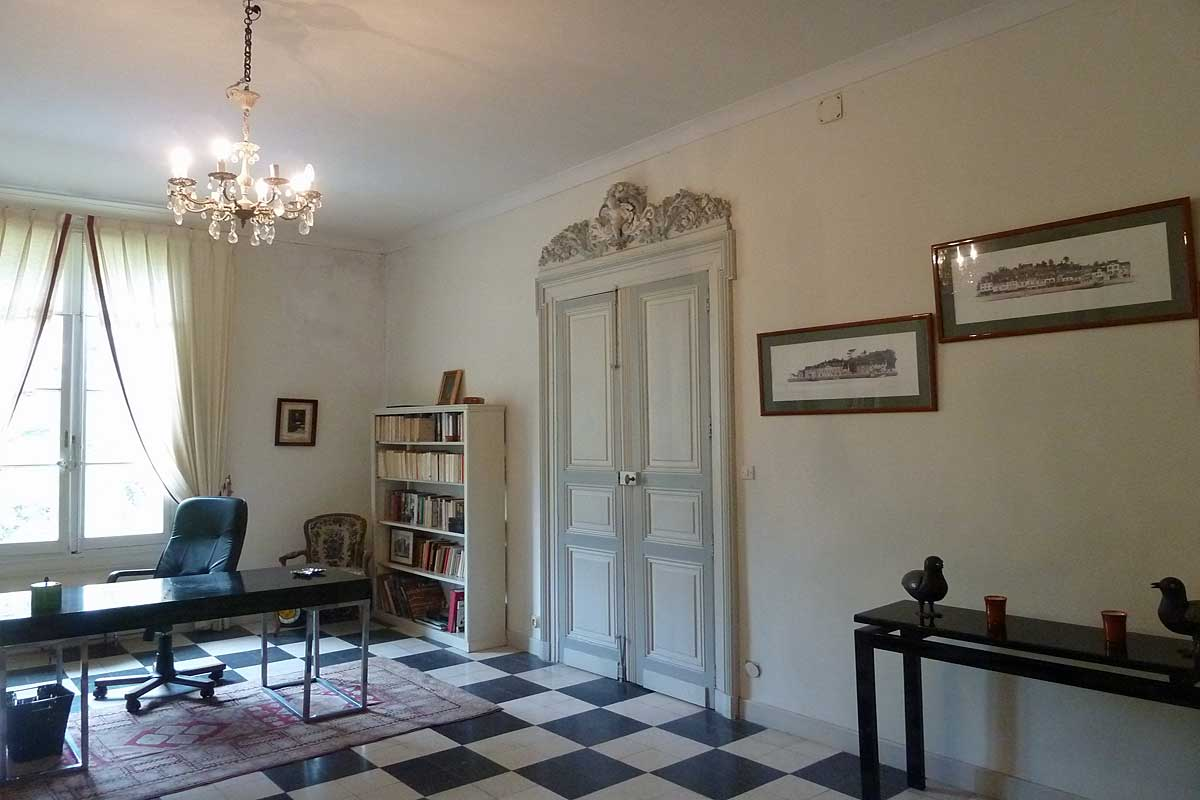 Rent-a-Chateau-in-Languedoc