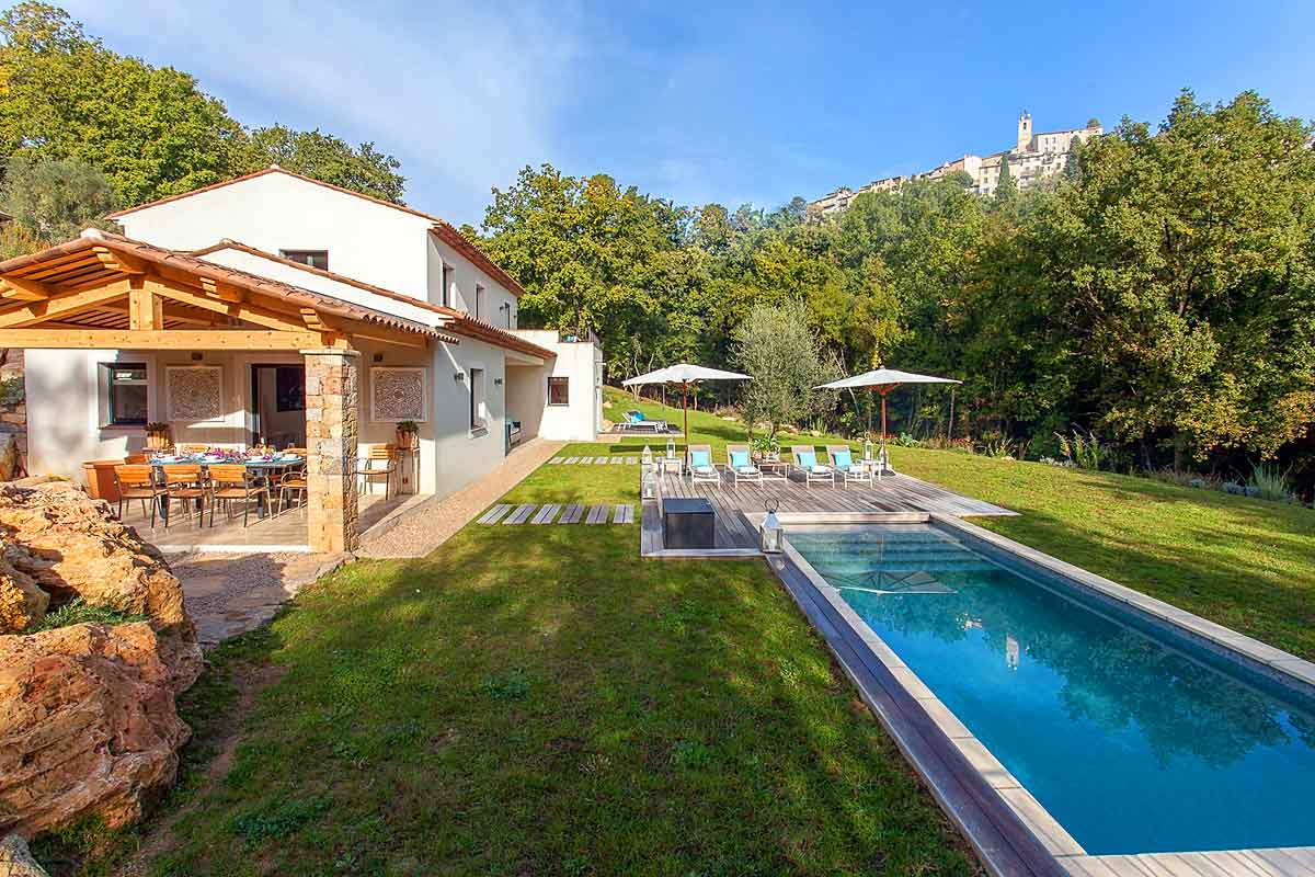 French-Riviera-Villa-Sleeps-8