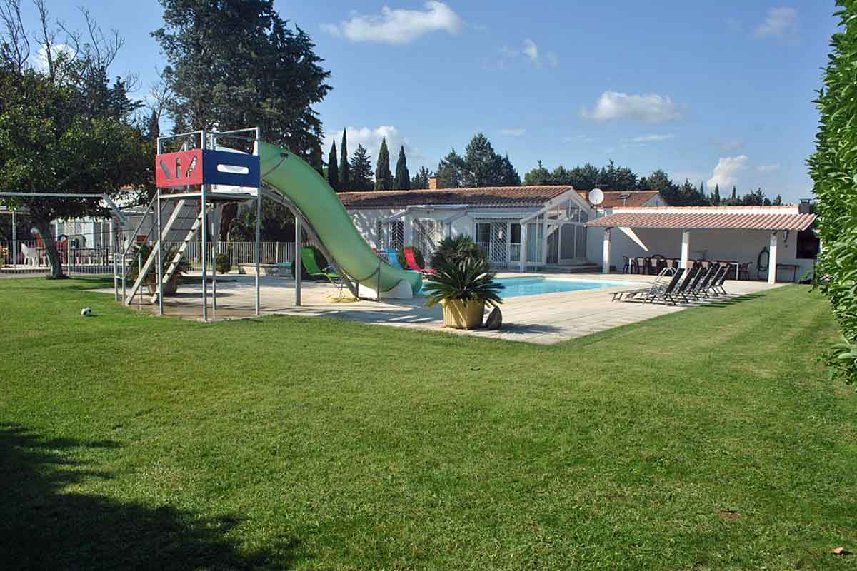 Holiday-Villa-in-Nimes