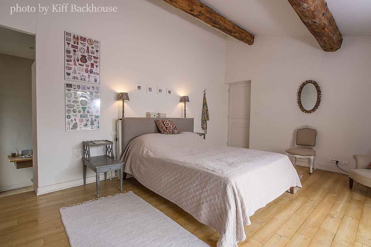 Large group accommodation near Beziers