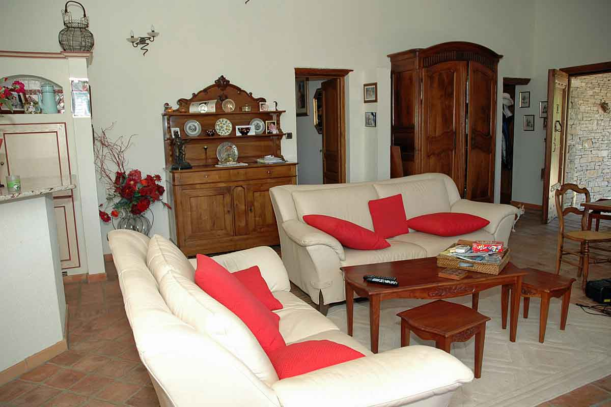 Holiday-Home-in-Bedarieux-with-pool
