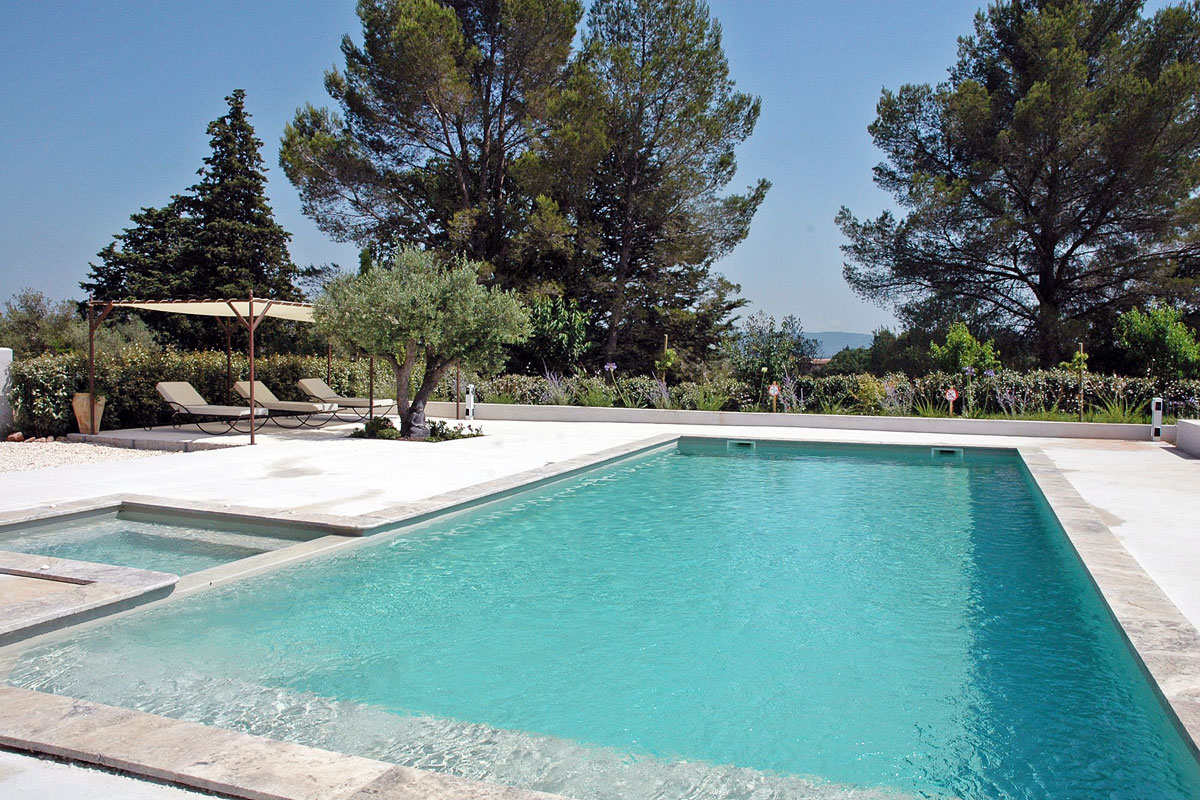 Villa for a family in Provence