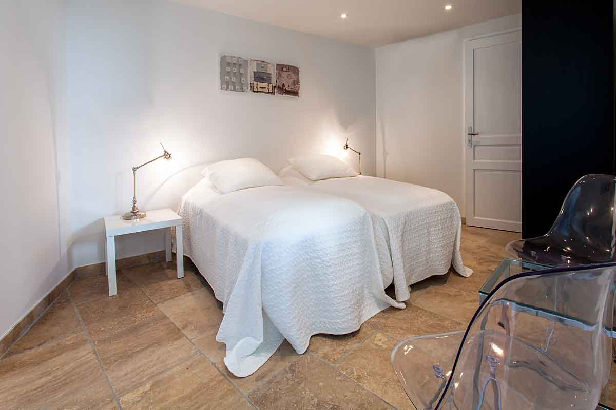 Luxury Holiday Villa in Cannes for 16