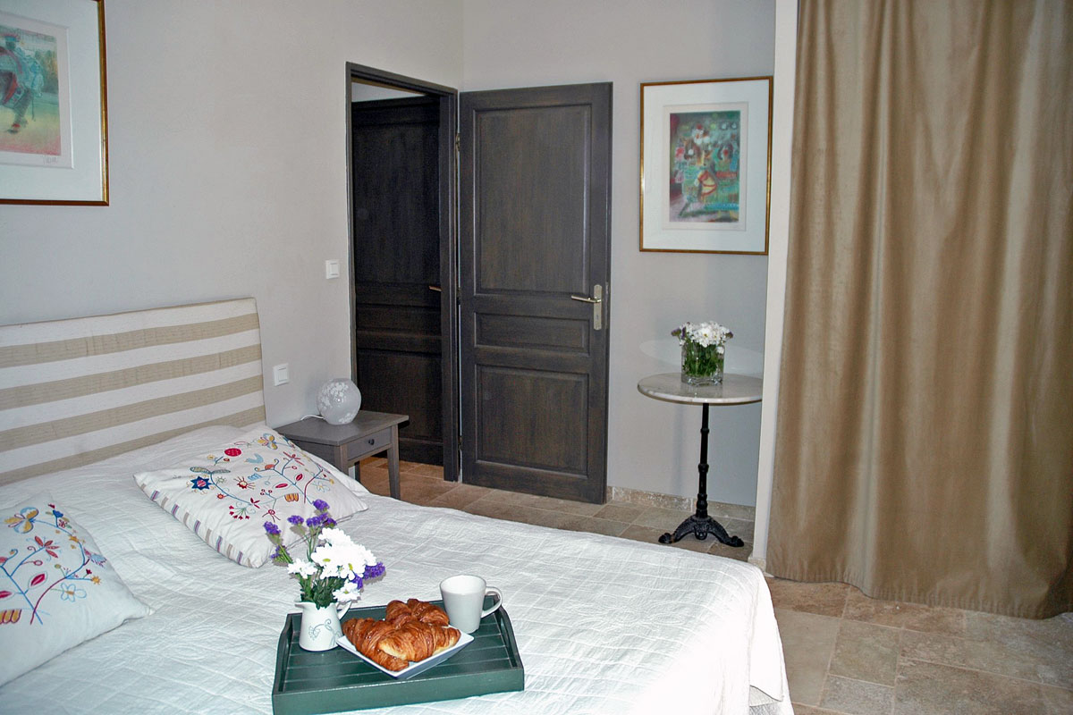 Villa in Provence sleeps 10