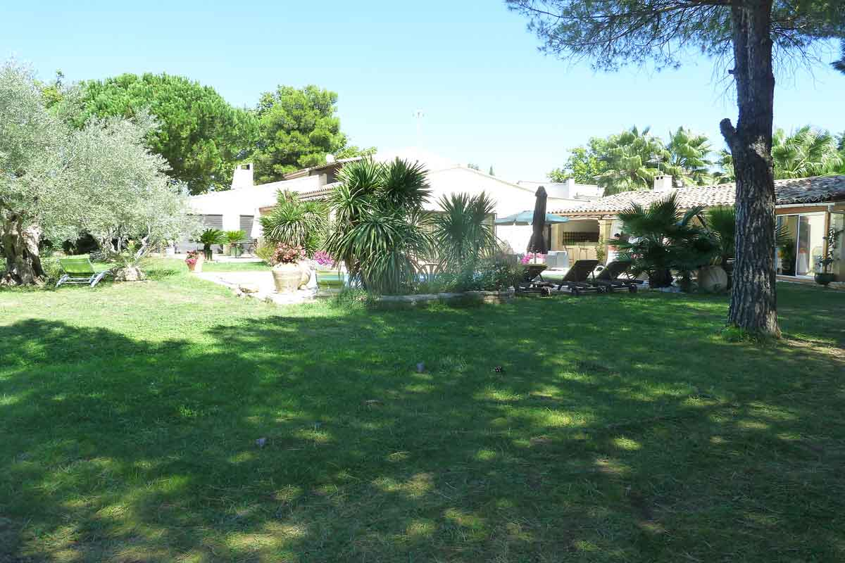 Languedoc Villa Rental for 6 with pool
