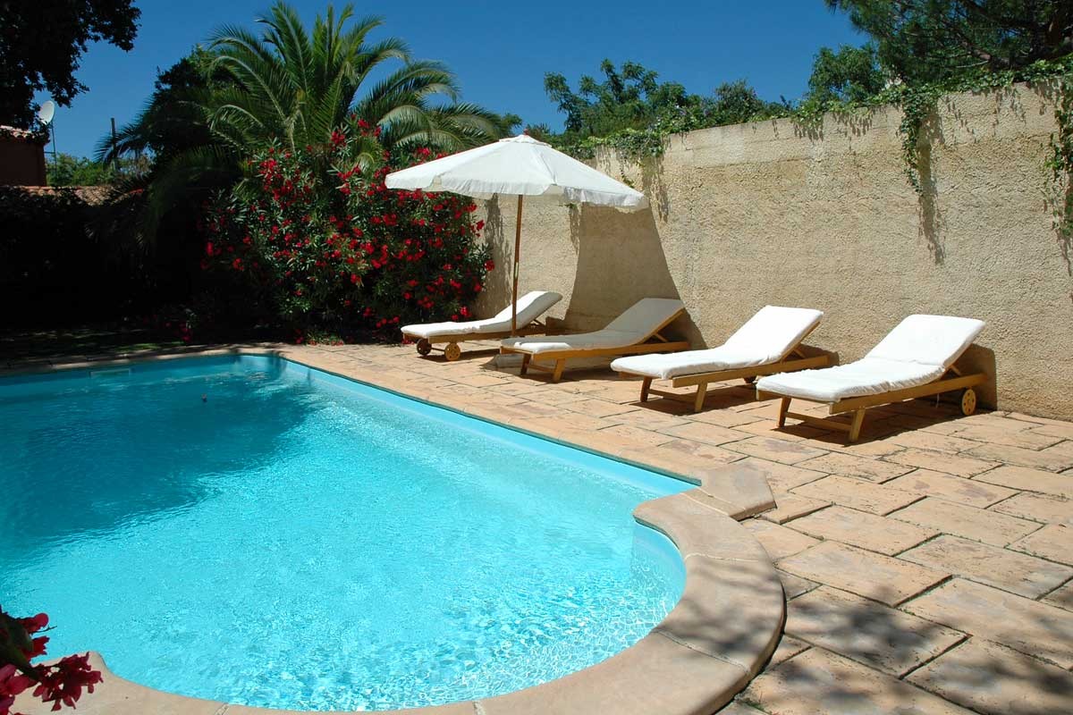 Private-Villas-in-Languedoc-with-pool