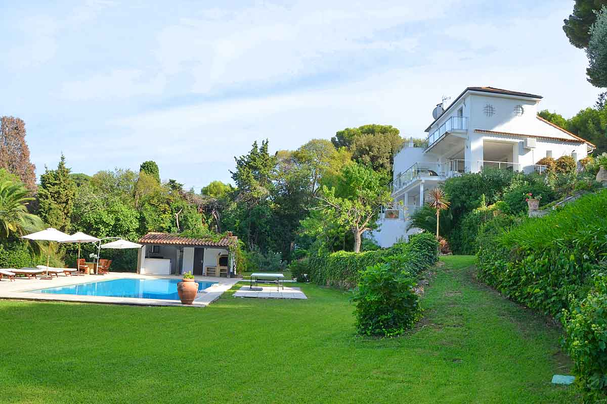 Exclusive Villa in Antibes for rent