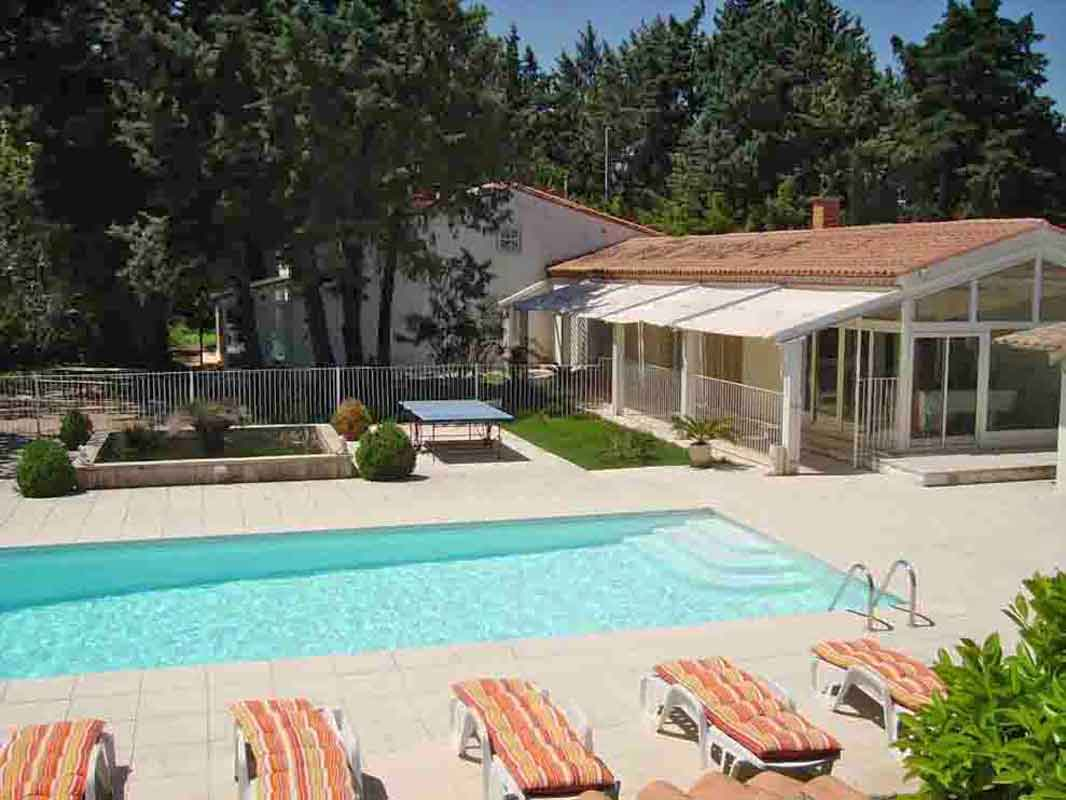 Holiday villa Nimes South of France rental