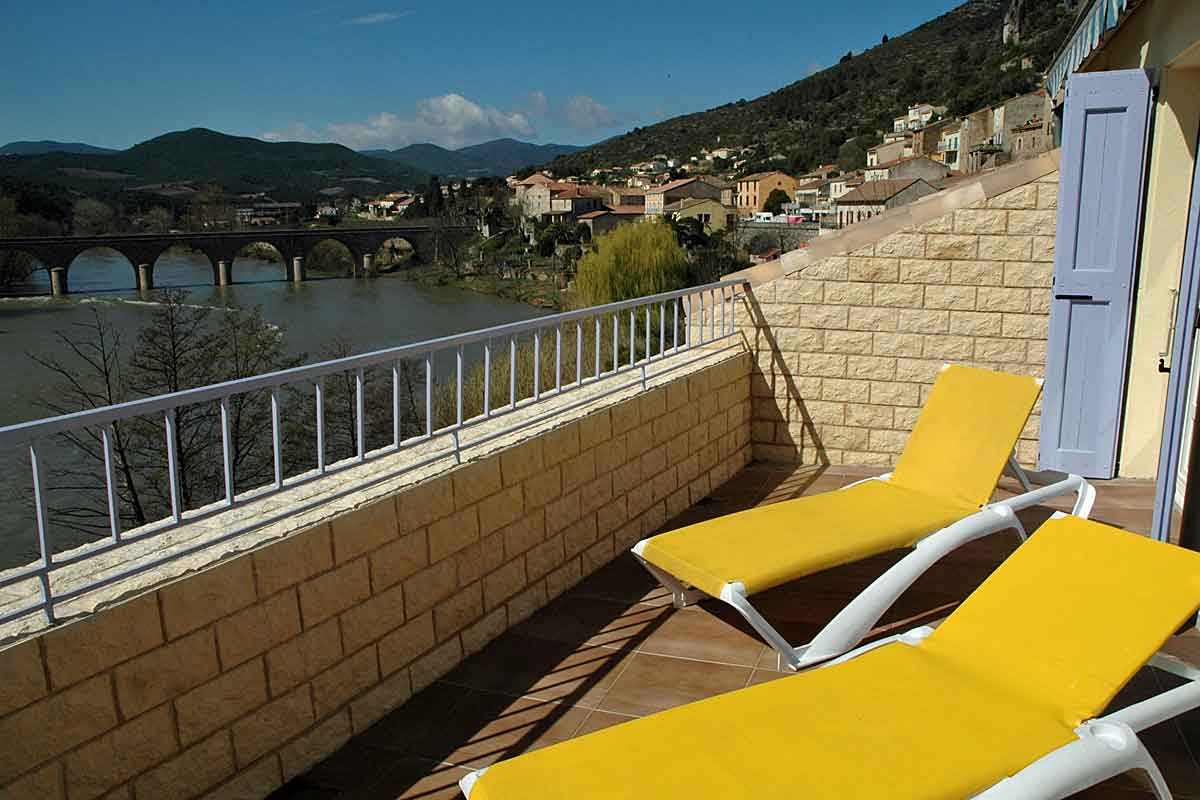 Holiday-Home-Roquebrun-for-12