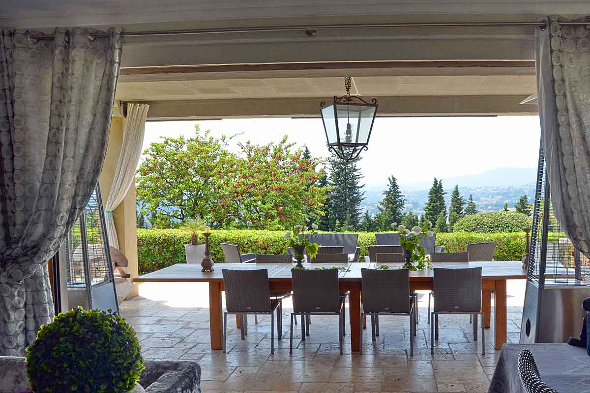 Luxury villa for rent Valbonne