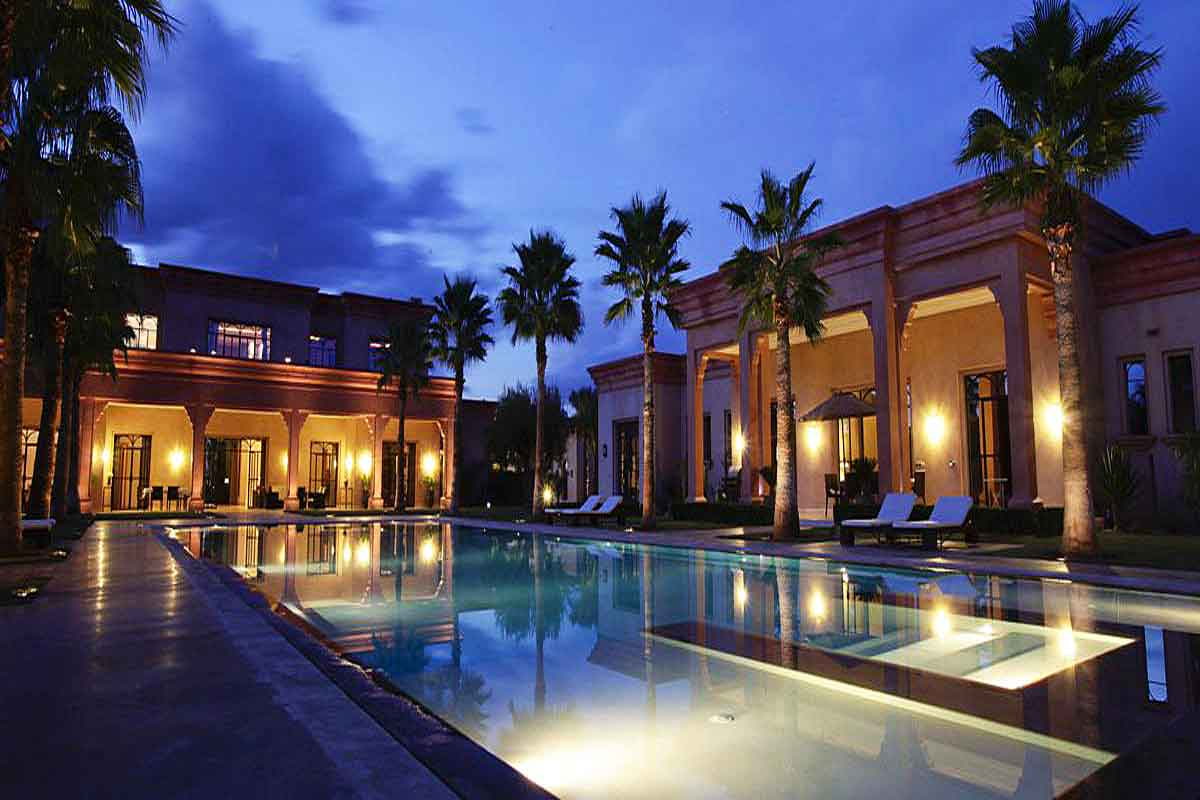 Moroccan Luxury Villa With Pool To Rent In Marrakech