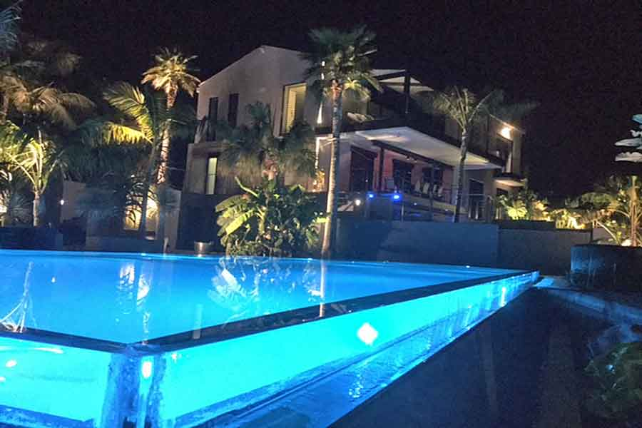 Marvelous ... Luxury Villa In Cote D. 17m Infinity Swimming Pool With Contra Flow  System ...