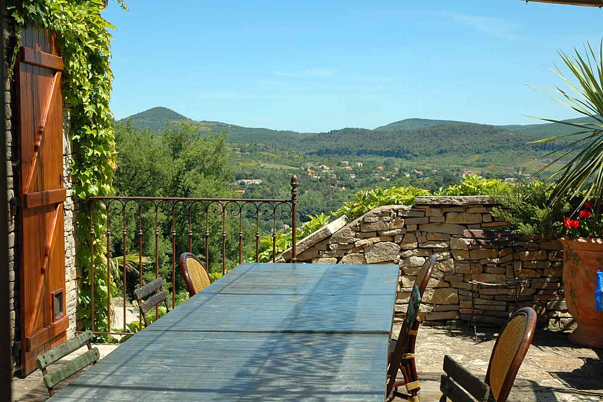 Languedoc Villa Rental with Pool sleeps 4