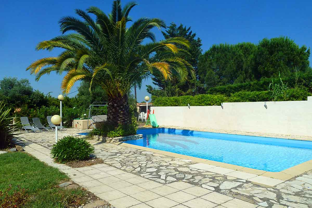 Large South Of France Holiday Villa With Private Pool Near Pezenas Languedoc
