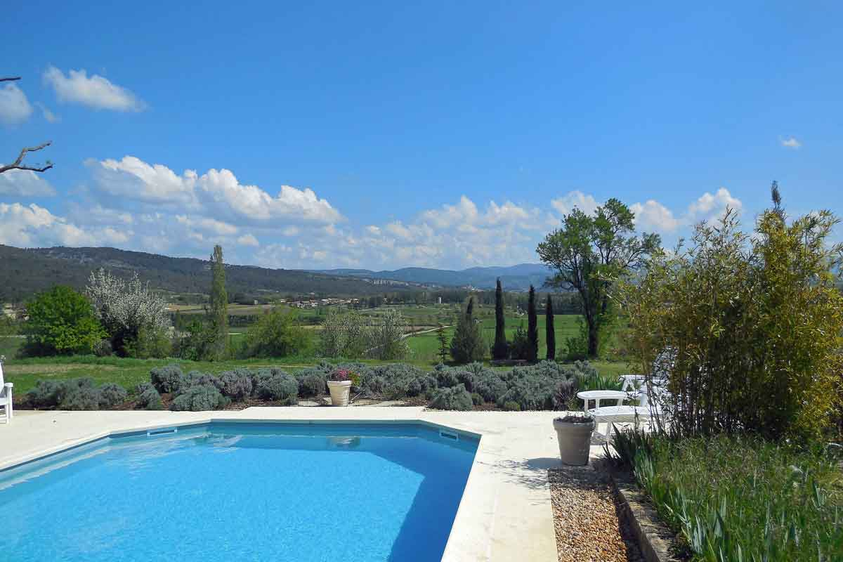 Captivating The Private Terrace Villa Rental Provence. Magnificent Views From The  Swimming Pool Towards Gordes ...