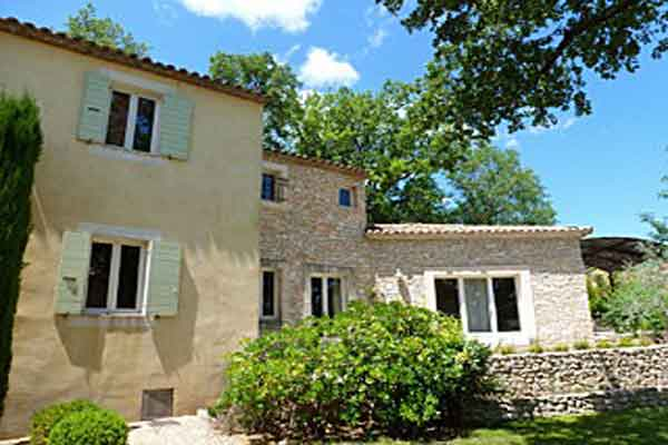 detached property  - Maison Sophie - Villa to Rent in Provence