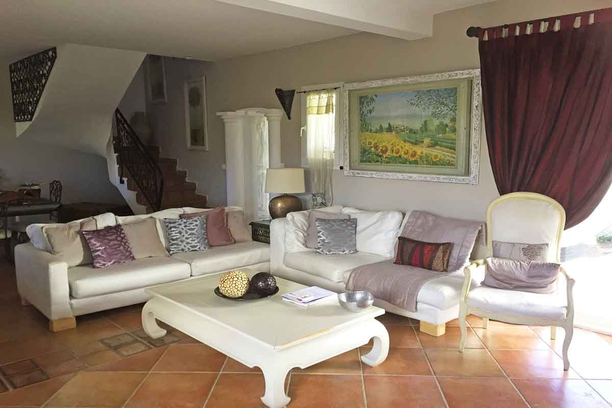 Large Languedoc Villa sleeps 8