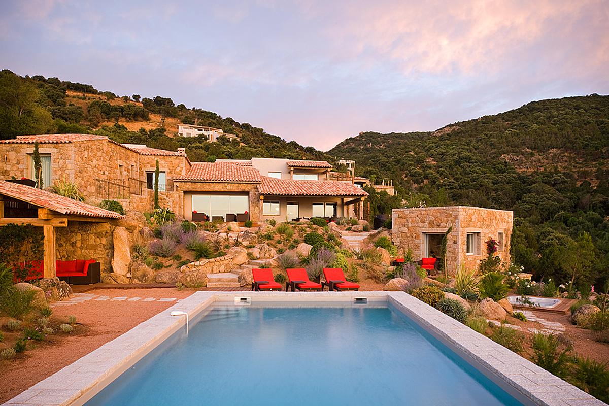 Amazing ... Pool Luxury Villa Corsica. View Of The Villa ...