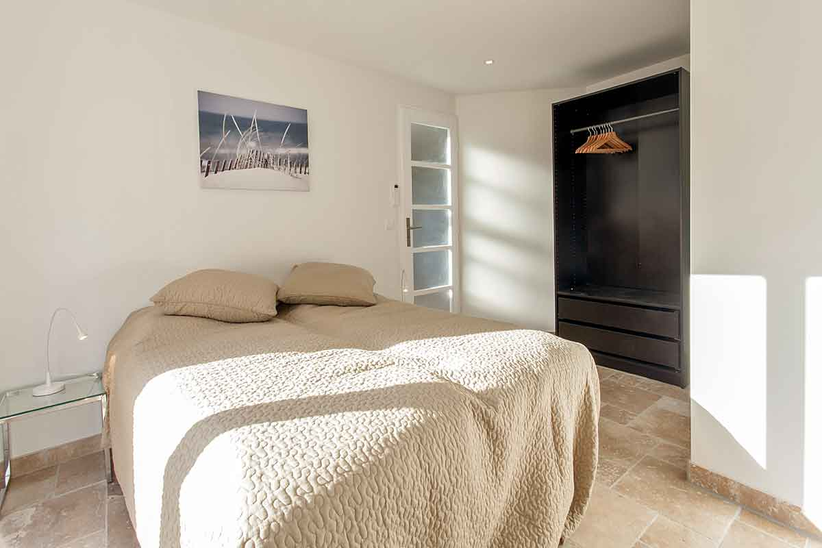Cannes Designer Holiday Villa for 16